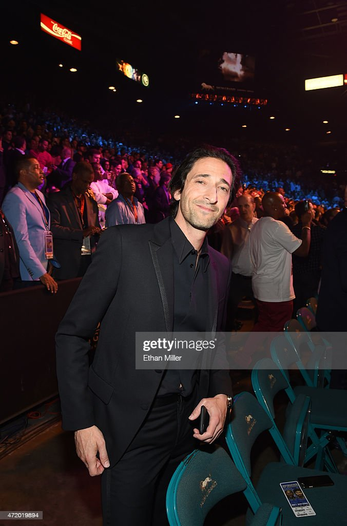 Actor <a gi-track='captionPersonalityLinkClicked' href=/galleries/search?phrase=Adrien+Brody&family=editorial&specificpeople=202175 ng-click='$event.stopPropagation()'>Adrien Brody</a> poses ringside at 'Mayweather VS Pacquiao' presented by SHOWTIME PPV And HBO PPV at MGM Grand Garden Arena on May 2, 2015 in Las Vegas, Nevada.