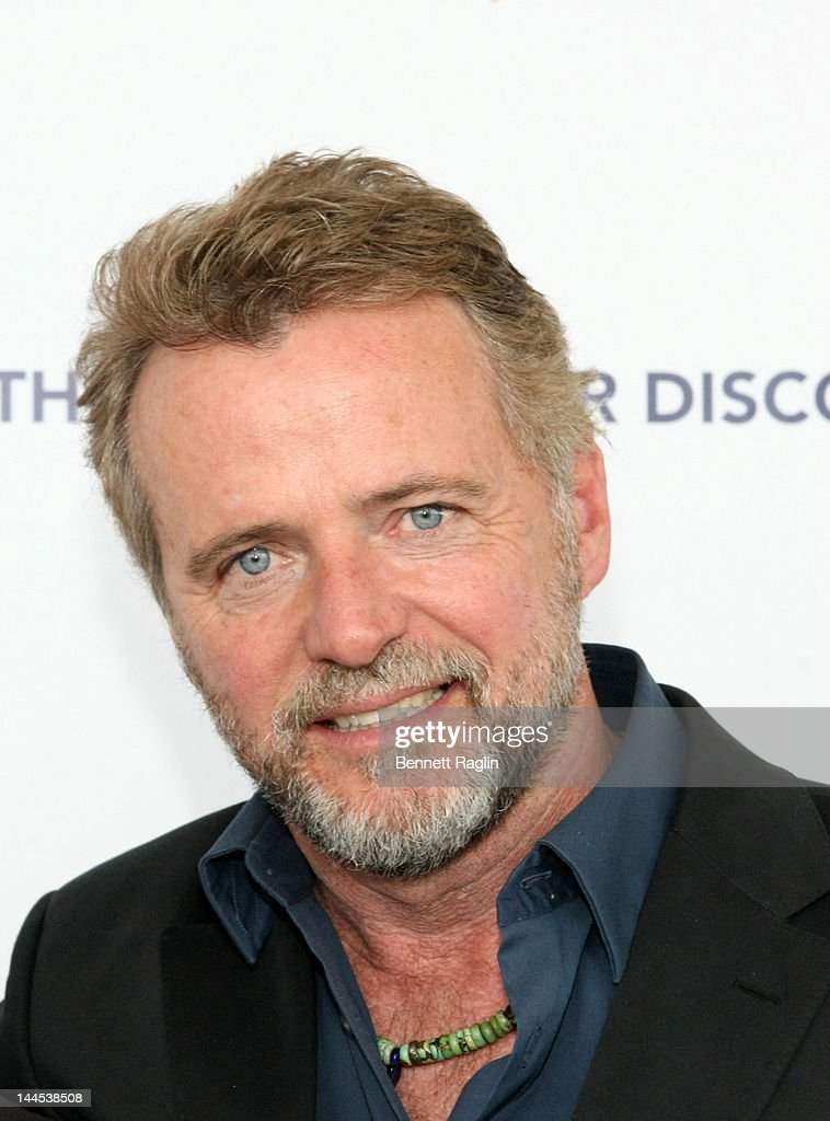 Actor <a gi-track='captionPersonalityLinkClicked' href=/galleries/search?phrase=Aidan+Quinn&family=editorial&specificpeople=171142 ng-click='$event.stopPropagation()'>Aidan Quinn</a> attend the 'Evening Of Discovery' Gala at Pier Sixty at Chelsea Piers on May 15, 2012 in New York City.