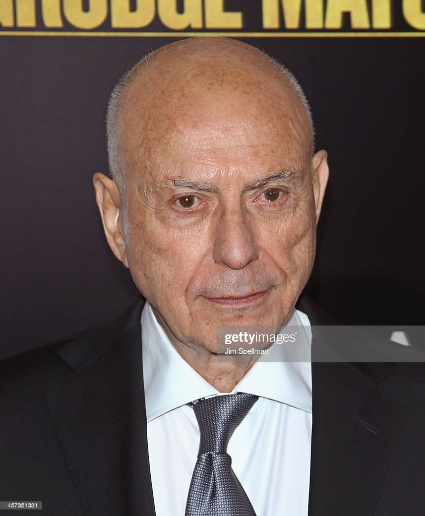 Actor <a gi-track='captionPersonalityLinkClicked' href=/galleries/search?phrase=Alan+Arkin&family=editorial&specificpeople=681109 ng-click='$event.stopPropagation()'>Alan Arkin</a> attends the 'Grudge Match' screening benifiting the Tribeca Film Insititute at Ziegfeld Theater on December 16, 2013 in New York City.