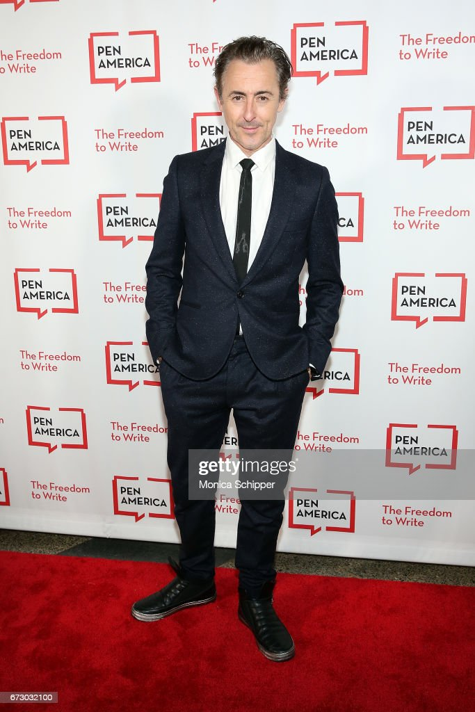Actor Alan Cumming attends the 2017 PEN America Literary Gala at American Museum of Natural History on April 25, 2017 in New York City.
