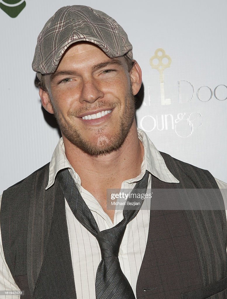 Actor <a gi-track='captionPersonalityLinkClicked' href=/galleries/search?phrase=Alan+Ritchson&family=editorial&specificpeople=4070667 ng-click='$event.stopPropagation()'>Alan Ritchson</a> attends Save a Friend's Life Celebrity Poker Tournament and Roaring 20's Party hosted by Joanna Krupa at Next Door Lounge on February 17, 2013 in Hollywood, California.