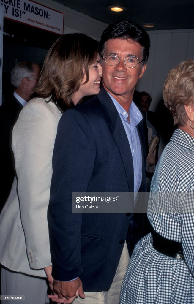 Actor Alan Thicke and wife Gina Tolleson attending the opening of 'Jackie MasonPolitically Incorrect' on July 18 1995 at the Cannon Theater in...