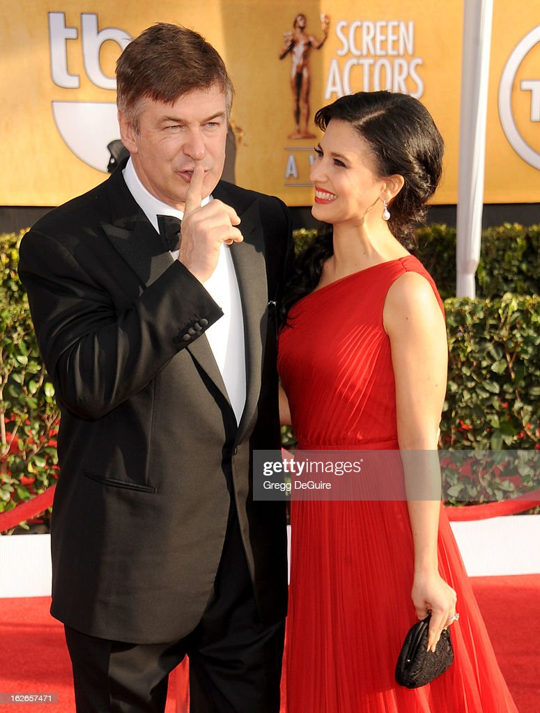 Actor Alec Baldwin and wife Hilaria Thomas arrive at the 19th Annual Screen Actors Guild Awards at The Shrine Auditorium on January 27, 2013 in Los Angeles, California.