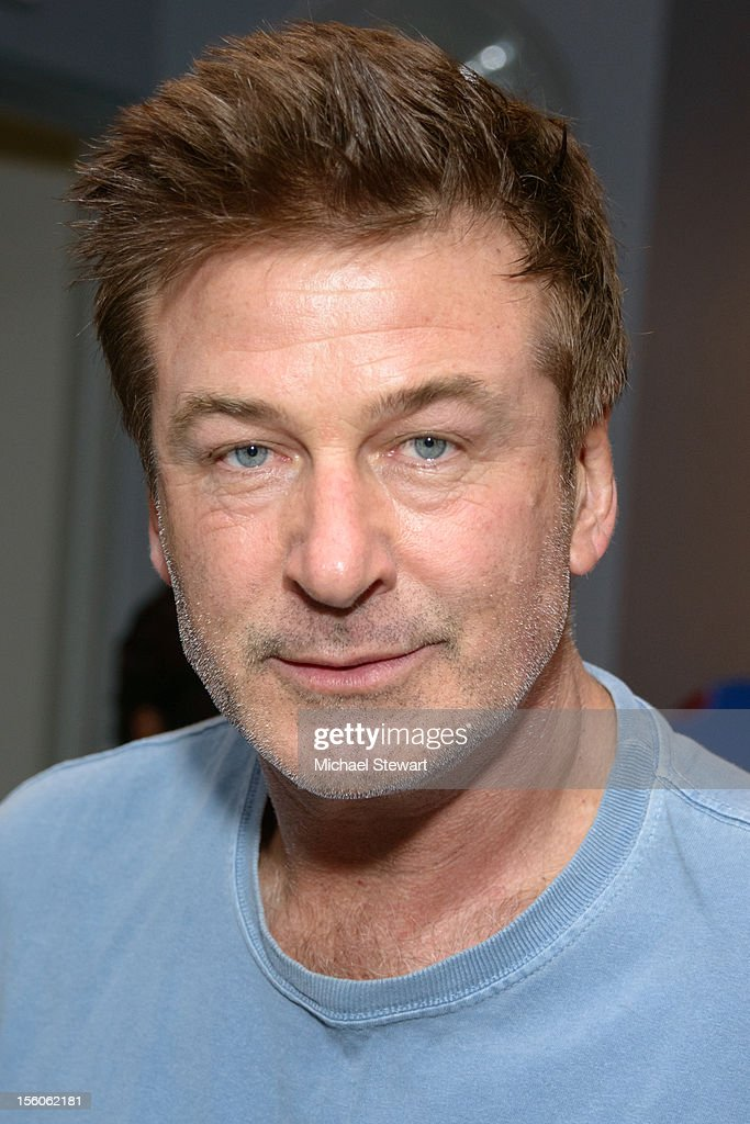 Actor <a gi-track='captionPersonalityLinkClicked' href=/galleries/search?phrase=Alec+Baldwin&family=editorial&specificpeople=202864 ng-click='$event.stopPropagation()'>Alec Baldwin</a> attends SoulCycle's Soul Relief Rides at SoulCycle Tribeca on November 11, 2012 in New York City.
