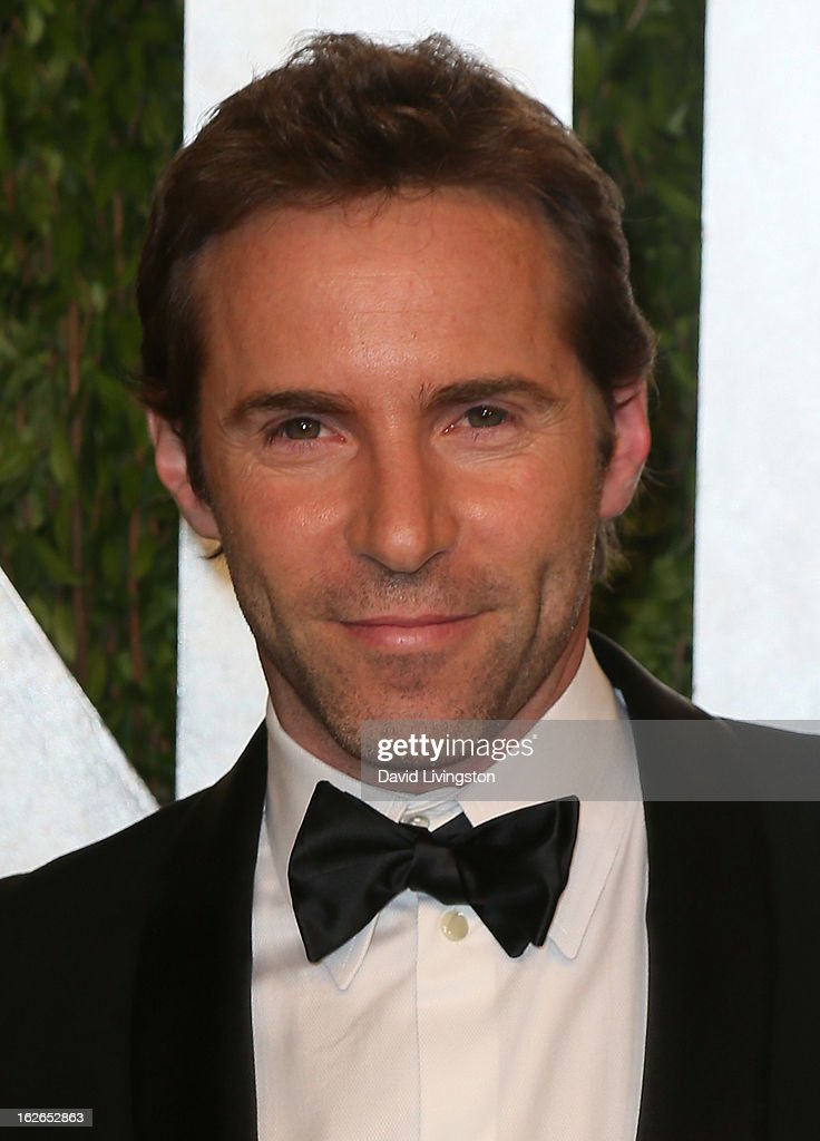 Actor Alessandro Nivola attends the 2013 Vanity Fair Oscar Party at the Sunset Tower Hotel on February 24, 2013 in West Hollywood, California.