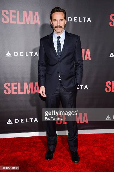 Actor Alessandro Nivola enters the 'Selma' New York Premiere at the Ziegfeld Theater on December 14 2014 in New York City