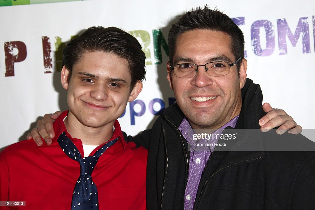 Actor Alex Dale (L) and radio personality Aaron Sanchez attend the 'Up In Arms' comedy fundraiser benefiting Children's Hospital Los Angeles held at Park La Brea Theater on December 8, 2013 in Los Angeles, California.