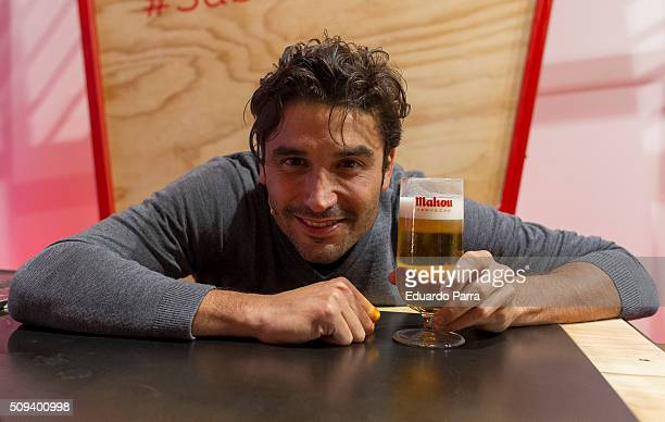 Actor Alex Garcia attends a pint pulling masterclass at La Latina space on February 10 2016 in Madrid Spain