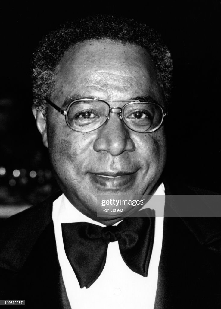 alex haley The kunta kinte-alex haley foundation mission is to spread alex haley's vision of a world that celebrates ethnic diversity while honoring humankind's common, universal experiences through educational and cultural programs, public forums and research, the foundation is dedicated to stimulating greater interest in african-american culture, history, art, archaeology, anthropology, and.