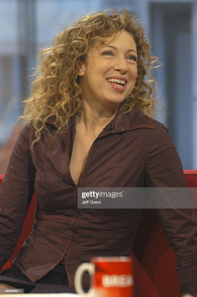 Alex Kingston nudes (12 photo), hacked Feet, Twitter, panties 2016