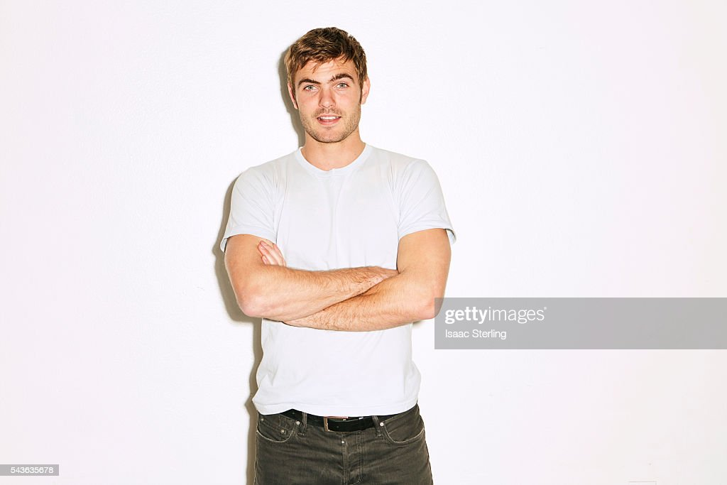 Actor Alex Roe is photographed for Self Assignment on February 3, 2016 in Los Angeles, California.