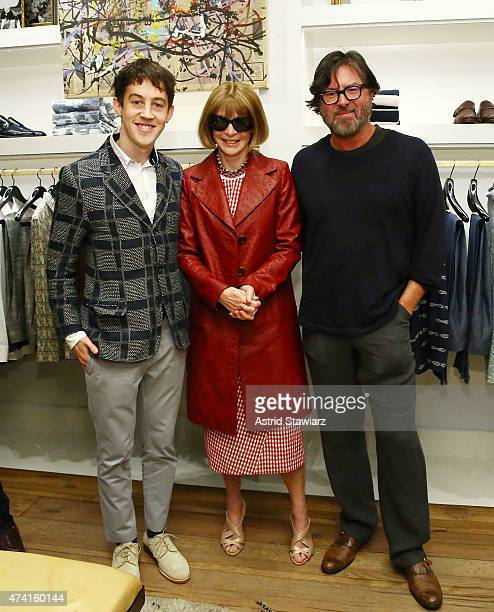 Actor Alex Sharp American Vogue editorinchief Anna Wintour and fashion designer Billy Reid pose for photos during the celebration for Tony nominee...