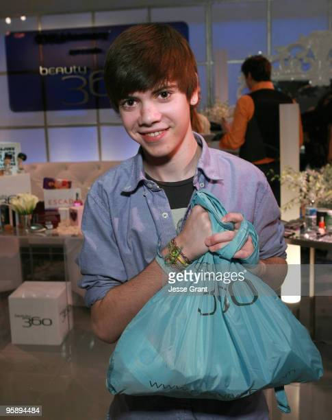 WEEKLIES*** Actor Alexander Gould attends the CVS/Pharmacy Beauty 360 Suite at Access Hollywood 'Stuff You Must' Lounge Produced by On 3 Productions...