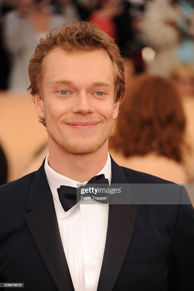 Alfie Allen Nude Photos 84