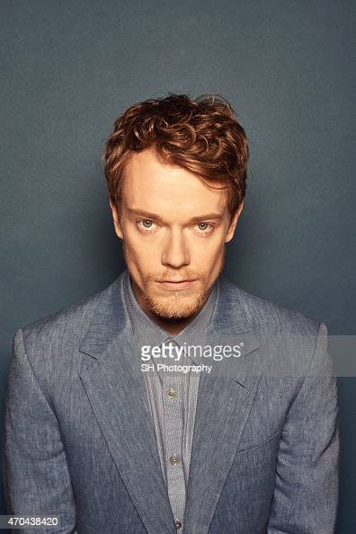 Alfie Allen Nude Photos 27