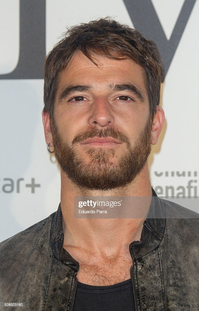 Actor <a gi-track='captionPersonalityLinkClicked' href=/galleries/search?phrase=Alfonso+Bassave&family=editorial&specificpeople=5698573 ng-click='$event.stopPropagation()'>Alfonso Bassave</a> attends 'El olivo' premiere at Capitol cinema on May 04, 2016 in Madrid, Spain.