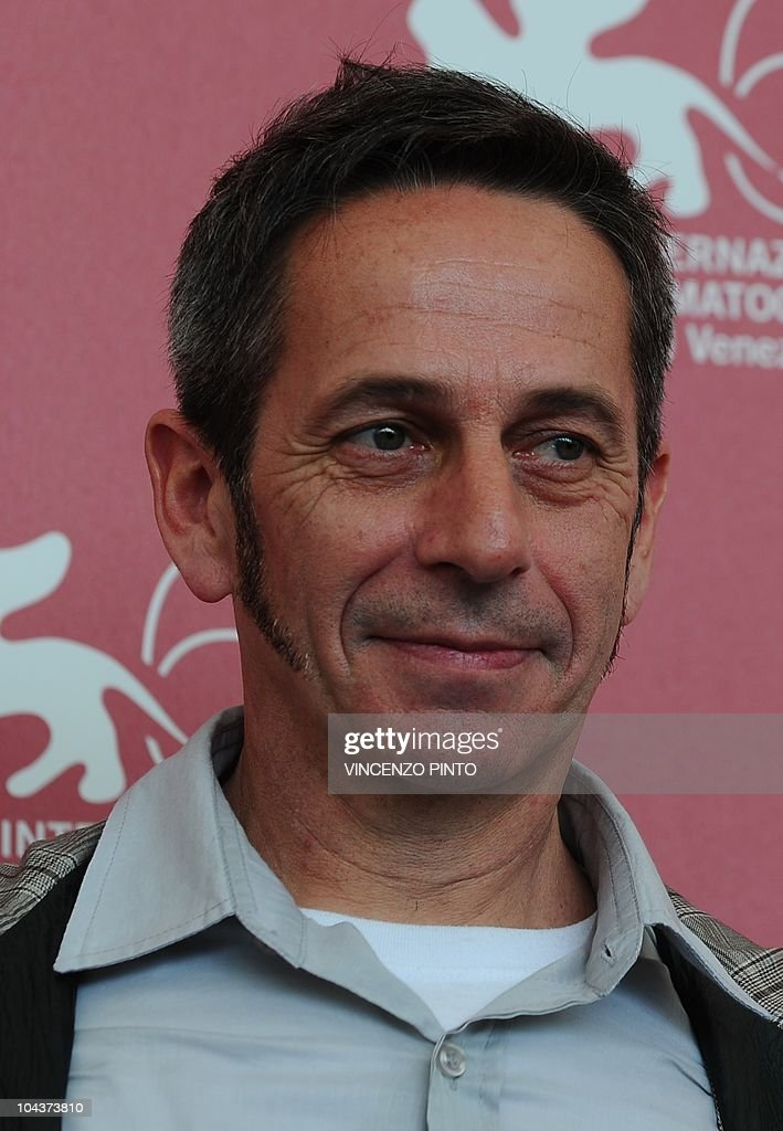 Actor <a gi-track='captionPersonalityLinkClicked' href=/galleries/search?phrase=Alfredo+Castro&family=editorial&specificpeople=7173146 ng-click='$event.stopPropagation()'>Alfredo Castro</a> poses during the photocall of 'Post Mortem' at the 67th Venice Film Festival on September 5, 2010 at Venice Lido. 'Post Morten' is competing for the Golden Lion in the Venezia 67 category.