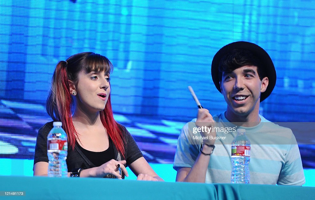 Actor <a gi-track='captionPersonalityLinkClicked' href=/galleries/search?phrase=Allisyn+Ashley+Arm&family=editorial&specificpeople=5725595 ng-click='$event.stopPropagation()'>Allisyn Ashley Arm</a> (L) and actor Matthew Scott Montomery attends the Disney Legends Awards Ceremony during the D23 Expo 2011 at the Anaheim Convention Center on August 19, 2011 in Anaheim, California.