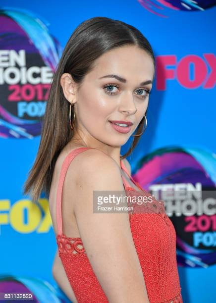 Actor Alyssa Jirrels attends the Teen Choice Awards 2017 at Galen Center on August 13 2017 in Los Angeles California