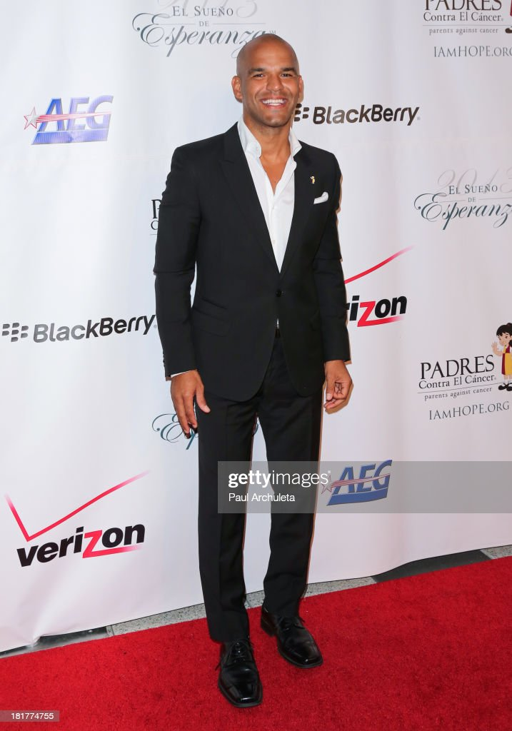 Actor <a gi-track='captionPersonalityLinkClicked' href=/galleries/search?phrase=Amaury+Nolasco&family=editorial&specificpeople=4493818 ng-click='$event.stopPropagation()'>Amaury Nolasco</a> attends the Padres Contra El Cancer 13th annual 'El Sueno De Esperanza' Gala on September 24, 2013 in Los Angeles, California.