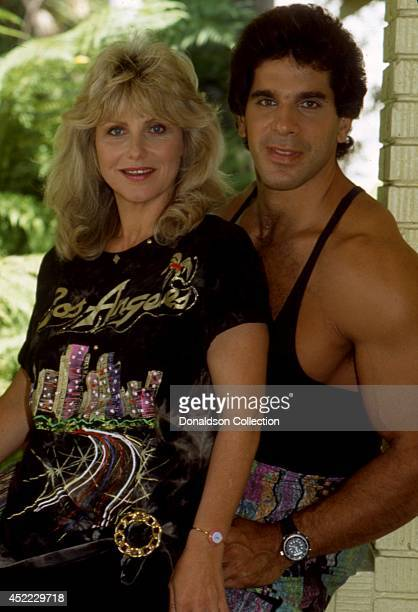 Actor and bodybuilder Lou Ferrigno poses for a portrait with his wife Carla Green in 1990 in Los Angeles California