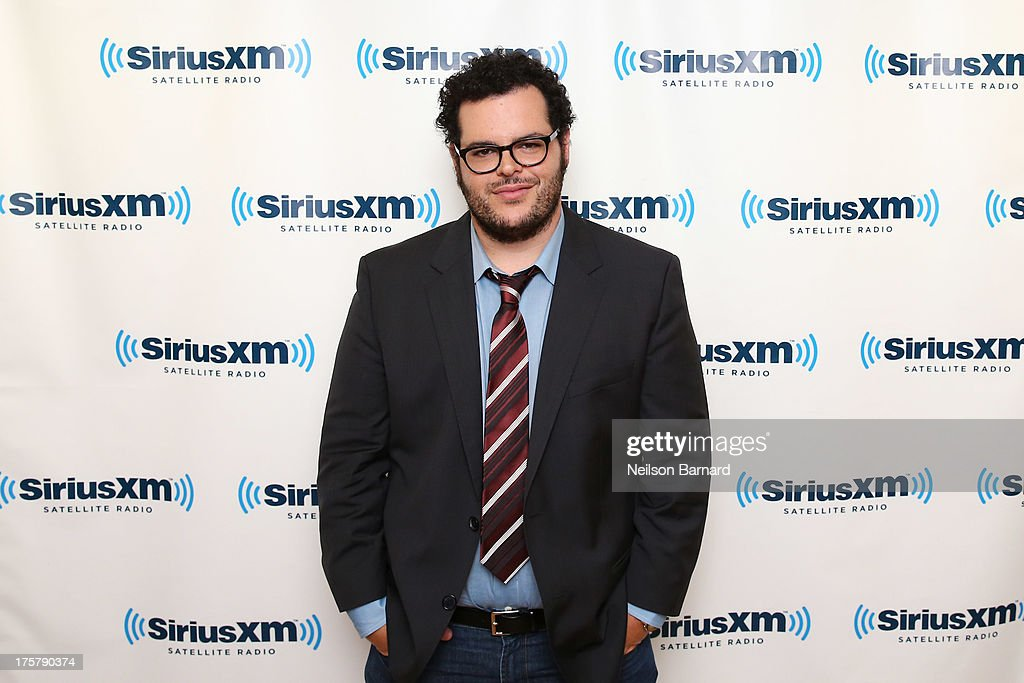 Actor and comedian <a gi-track='captionPersonalityLinkClicked' href=/galleries/search?phrase=Josh+Gad&family=editorial&specificpeople=4196023 ng-click='$event.stopPropagation()'>Josh Gad</a> visits SiriusXM Studios on August 8, 2013 in New York City.