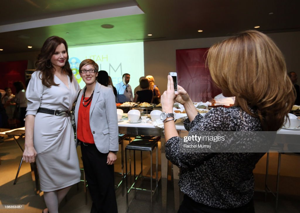 Actor and Founder <a gi-track='captionPersonalityLinkClicked' href=/galleries/search?phrase=Geena+Davis&family=editorial&specificpeople=209423 ng-click='$event.stopPropagation()'>Geena Davis</a> (L) poses with guests during the <a gi-track='captionPersonalityLinkClicked' href=/galleries/search?phrase=Geena+Davis&family=editorial&specificpeople=209423 ng-click='$event.stopPropagation()'>Geena Davis</a> Institute On Gender In Media cocktail reception at SLS Hotel on November 13, 2012 in Beverly Hills, California.