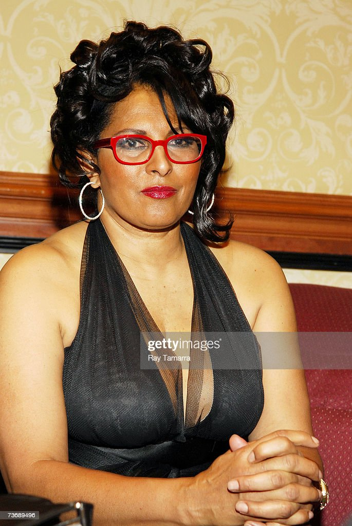 Pam grier photo gallery