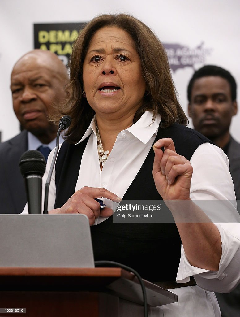 Actor and playwright Anna Deavere Smith speaks during a news conference hosted by the Mayors Against Illegal Guns and the Law Center to Prevent Gun Violence with Rep. Elijah Cummings (D-MD) (L) and actor Chris Rock at the U.S. Capitol February 6, 2013 in Washington, DC. The artists, activists and politicians called for manditory background check on all gun purchases among other restrictions.