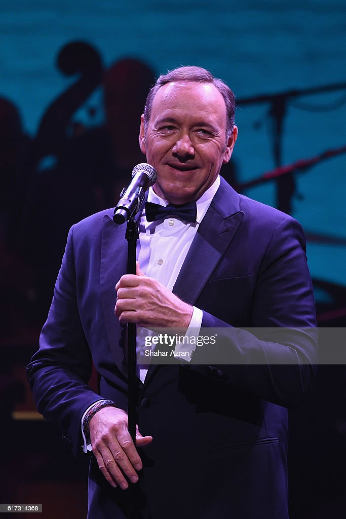 Actor and singer Kevin Spacey performs during the '100: The Apollo Celebrates Ella' at the Apollo Theater on October 22, 2016 in New York City.