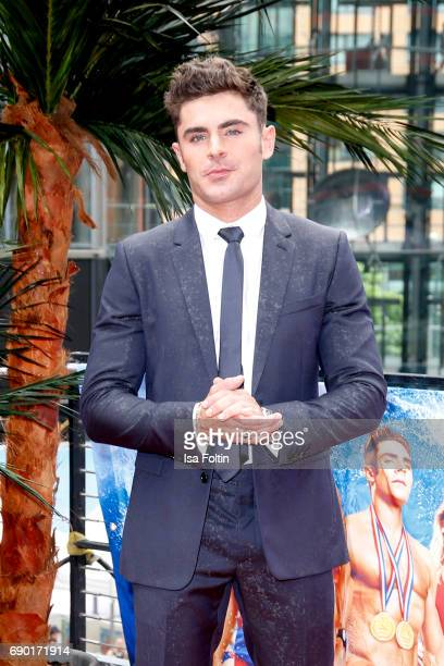 US actor and singer Zac Efron attends the 'Baywatch' Photo Call in Berlin on May 30 2017 in Berlin Germany