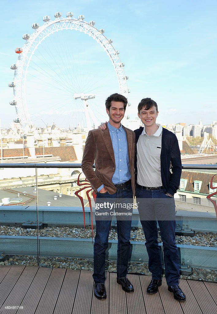 Actor <a gi-track='captionPersonalityLinkClicked' href=/galleries/search?phrase=Andrew+Garfield&family=editorial&specificpeople=4047840 ng-click='$event.stopPropagation()'>Andrew Garfield</a> and <a gi-track='captionPersonalityLinkClicked' href=/galleries/search?phrase=Dane+DeHaan&family=editorial&specificpeople=6890481 ng-click='$event.stopPropagation()'>Dane DeHaan</a> attend the Amazing Spider-Man 2 Cast and Filmmaker photocall at the Park Plaza Hotel on April 9, 2014 in London, England.