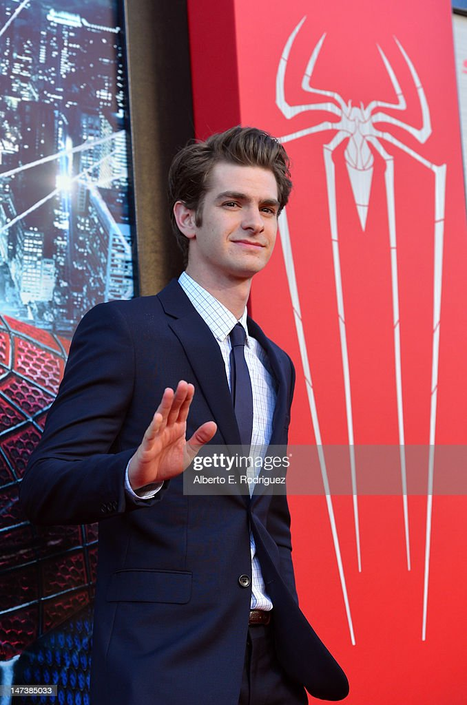 Actor <a gi-track='captionPersonalityLinkClicked' href=/galleries/search?phrase=Andrew+Garfield&family=editorial&specificpeople=4047840 ng-click='$event.stopPropagation()'>Andrew Garfield</a> arrives at the premiere of Columbia Pictures' 'The Amazing Spider-Man' at the Regency Village Theatre on June 28, 2012 in Westwood, California.
