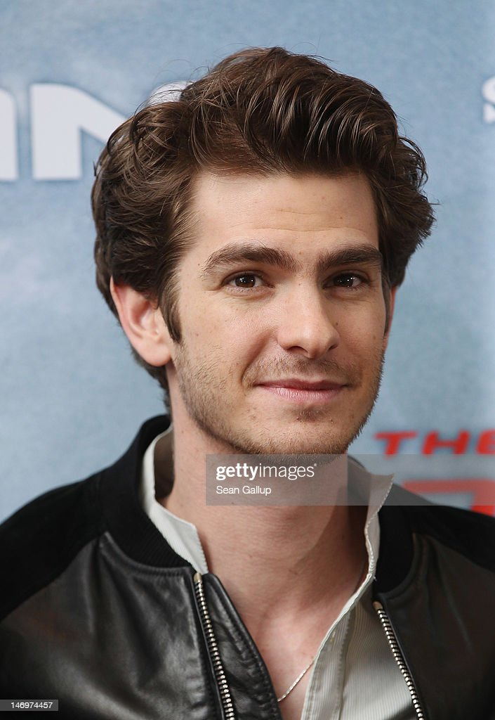 Actor <a gi-track='captionPersonalityLinkClicked' href=/galleries/search?phrase=Andrew+Garfield&family=editorial&specificpeople=4047840 ng-click='$event.stopPropagation()'>Andrew Garfield</a> attends a photocall for 'The Amazing Spider-Man' at the Adlon Hotel on June 20, 2012 in Berlin, Germany.