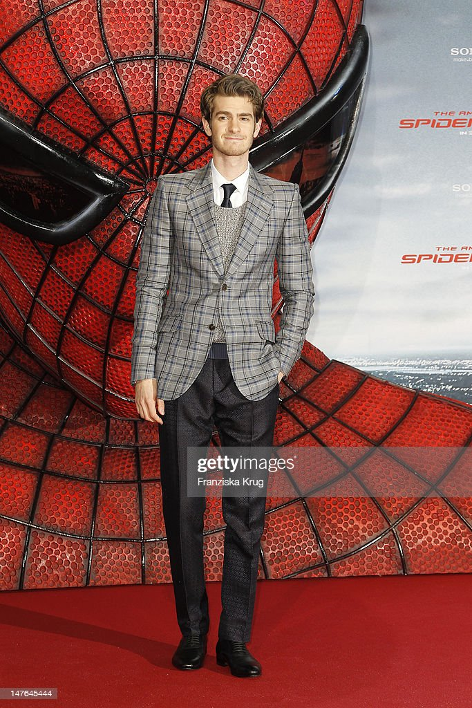 'BERLIN, GERMANY - JUNE 20: Actor Andrew Garfield attends the Germany premiere of ''The Amazing Spider-Man'' at Sony Center on June 20, 2012 in Berlin, Germany. (Photo by Franziska Krug/Getty Images for Sony Pictures) '