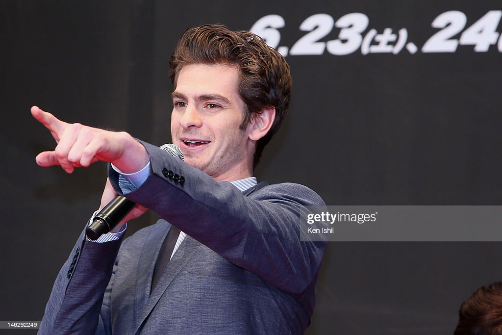 Actor <a gi-track='captionPersonalityLinkClicked' href=/galleries/search?phrase=Andrew+Garfield&family=editorial&specificpeople=4047840 ng-click='$event.stopPropagation()'>Andrew Garfield</a> attends the world Premiere of 'The Amazing Spider-Man' at Roppongi Hills on June 13, 2012 in Tokyo, Japan. The film will open on June 30 in Japan.
