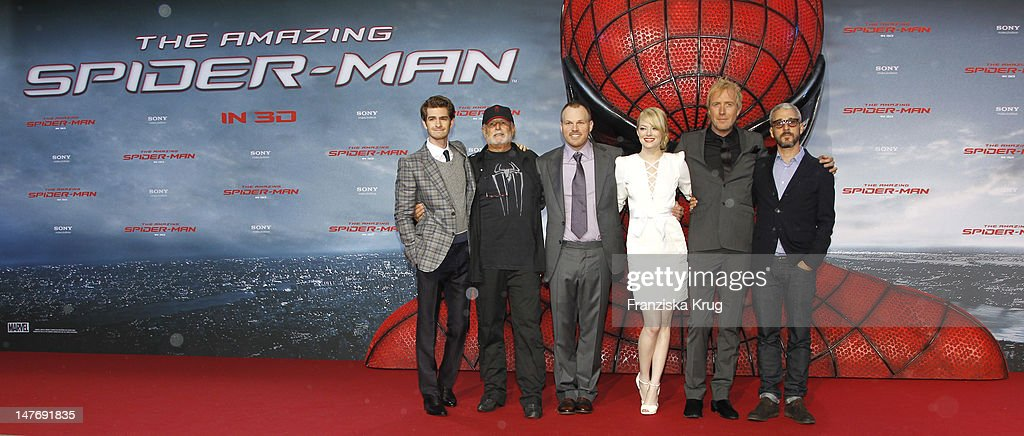 'BERLIN, GERMANY - JUNE 20: (From L to R) Actor <a gi-track='captionPersonalityLinkClicked' href=/galleries/search?phrase=Andrew+Garfield&family=editorial&specificpeople=4047840 ng-click='$event.stopPropagation()'>Andrew Garfield</a>, Avi Aard, <a gi-track='captionPersonalityLinkClicked' href=/galleries/search?phrase=Marc+Webb&family=editorial&specificpeople=637083 ng-click='$event.stopPropagation()'>Marc Webb</a>, <a gi-track='captionPersonalityLinkClicked' href=/galleries/search?phrase=Emma+Stone&family=editorial&specificpeople=672023 ng-click='$event.stopPropagation()'>Emma Stone</a>, Rhys Ilfans and Matthew Tolmach attend the Germany premiere of ''The Amazing Spider-Man'' at Sony Center on June 20, 2012 in Berlin, Germany. (Photo by Franziska Krug/Getty Images for Sony Pictures)'