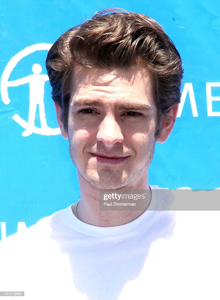 Actor <a gi-track='captionPersonalityLinkClicked' href=/galleries/search?phrase=Andrew+Garfield&family=editorial&specificpeople=4047840 ng-click='$event.stopPropagation()'>Andrew Garfield</a> delivers a Chilean Rose Tarantula to the American Museum of Natural History on June 27, 2012 in New York City.