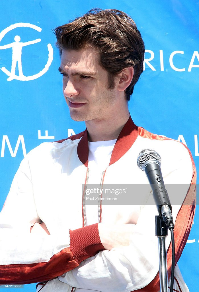 Actor Andrew Garfield delivers a Chilean Rose Tarantula to the American Museum of Natural History on June 27, 2012 in New York City.