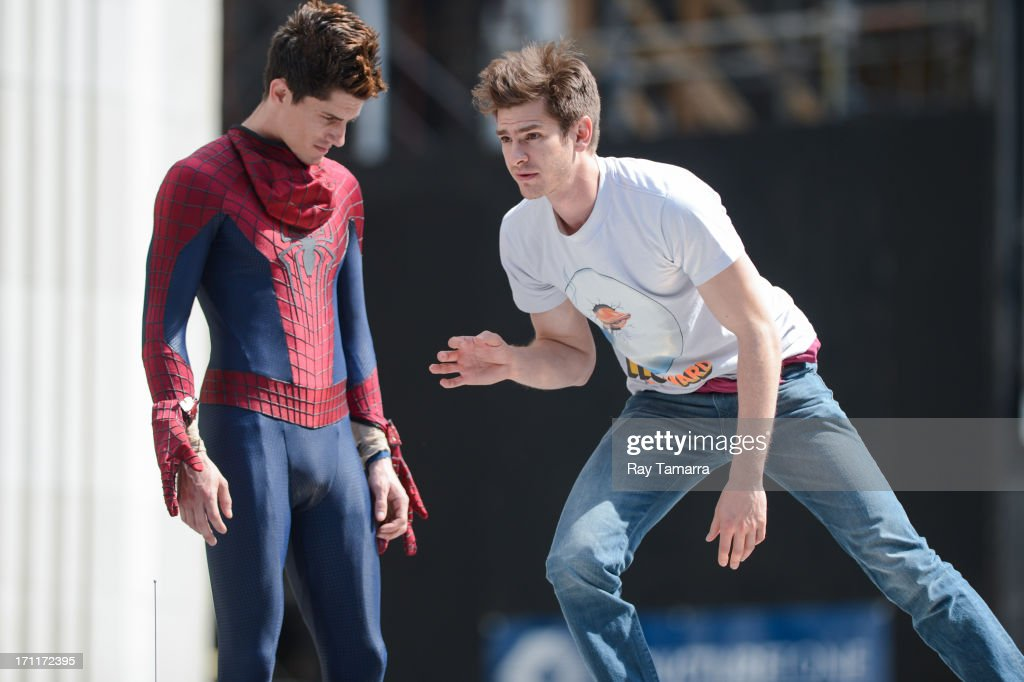 Actor <a gi-track='captionPersonalityLinkClicked' href=/galleries/search?phrase=Andrew+Garfield&family=editorial&specificpeople=4047840 ng-click='$event.stopPropagation()'>Andrew Garfield</a> (R) rehearses a scene with his stunt double William Spencer at the 'The Amazing Spiderman 2' movie set in Madison Square Park on June 22, 2013 in New York City.