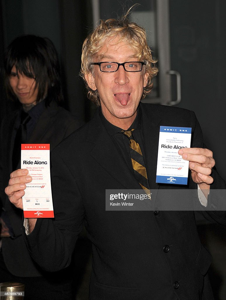 Actor <a gi-track='captionPersonalityLinkClicked' href=/galleries/search?phrase=Andy+Dick&family=editorial&specificpeople=171170 ng-click='$event.stopPropagation()'>Andy Dick</a> attends the Premiere Of Universal Pictures' 'Ride Along' at TCL Chinese Theatre on January 13, 2014 in Hollywood, California.