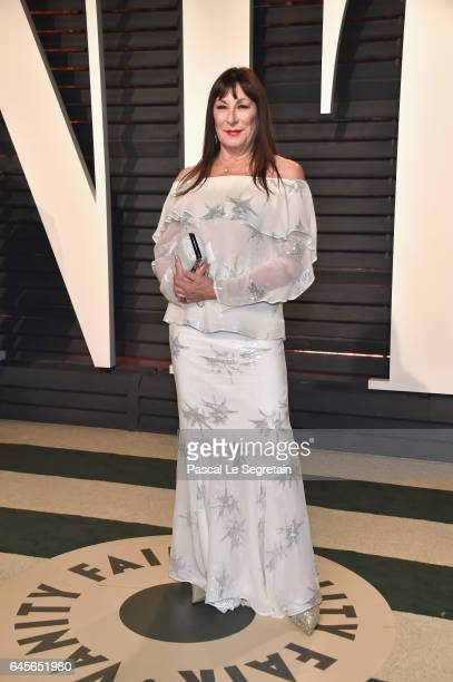 Actor Anjelica Huston attends the 2017 Vanity Fair Oscar Party hosted by Graydon Carter at Wallis Annenberg Center for the Performing Arts on...