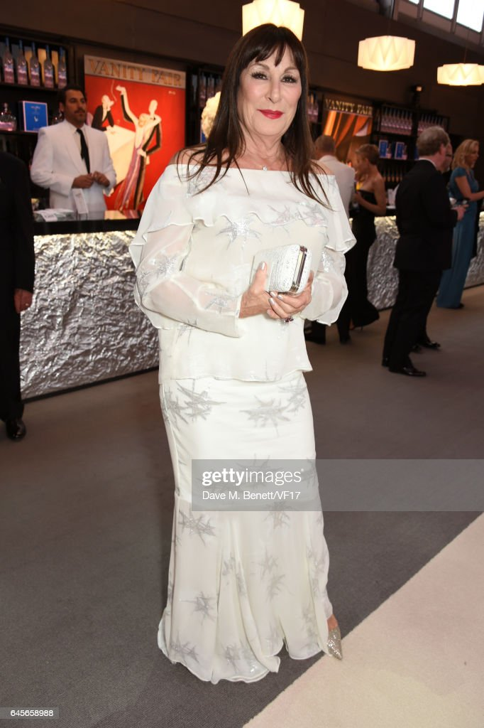 Actor Anjelica Huston attends the 2017 Vanity Fair Oscar Party hosted by Graydon Carter at Wallis Annenberg Center for the Performing Arts on February 26, 2017 in Beverly Hills, California.