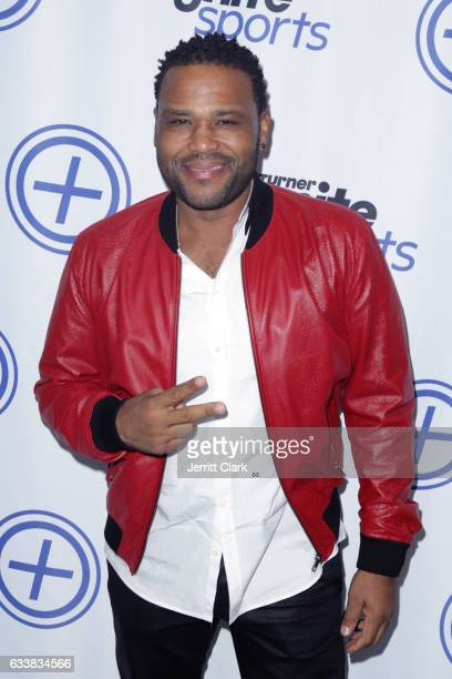 Actor Anthony Anderson attends Turner Ignite Sports Luxury Lounge on February 4 2017 in Houston Texas
