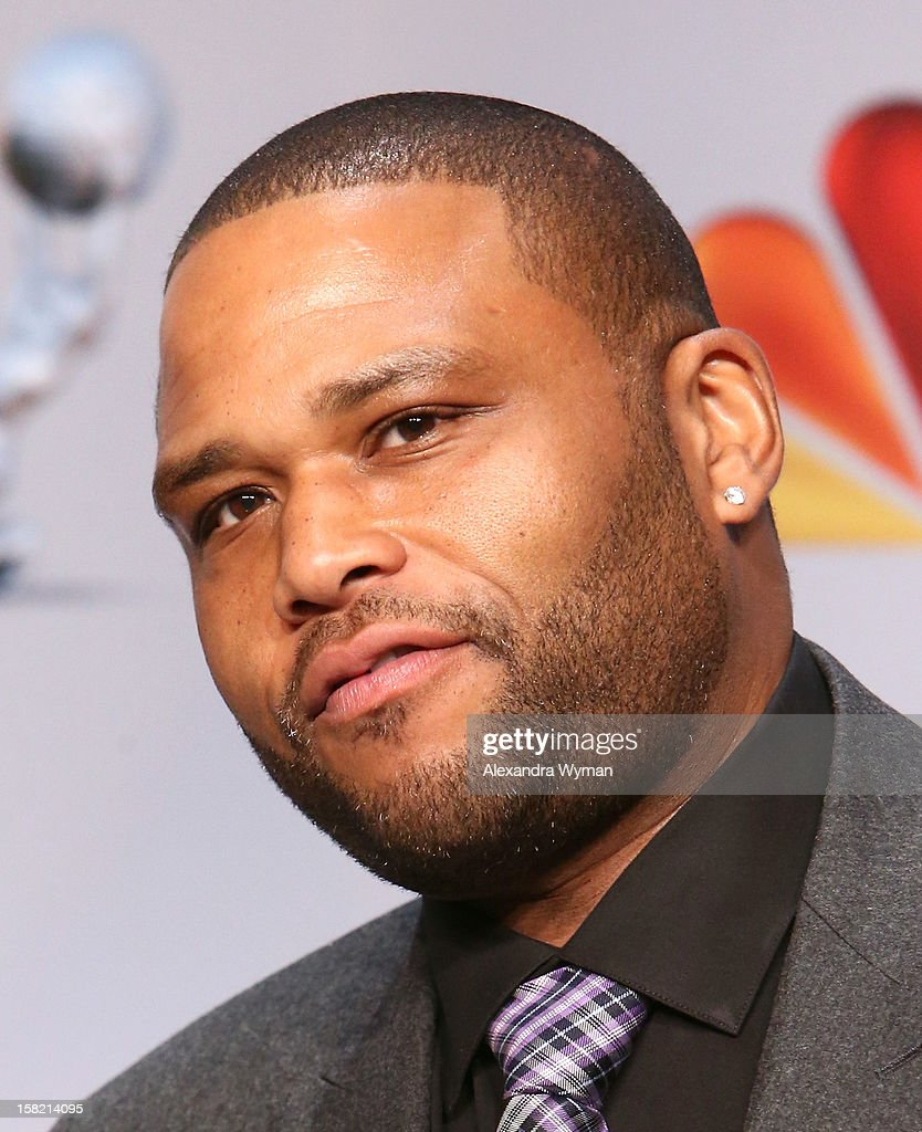 Actor Anthony Anderson speaks at the podium onstage at the 44th NAACP Image Awards Nominations Announcement Press Conference at The Paley Center for Media on December 11, 2012 in Beverly Hills, California.