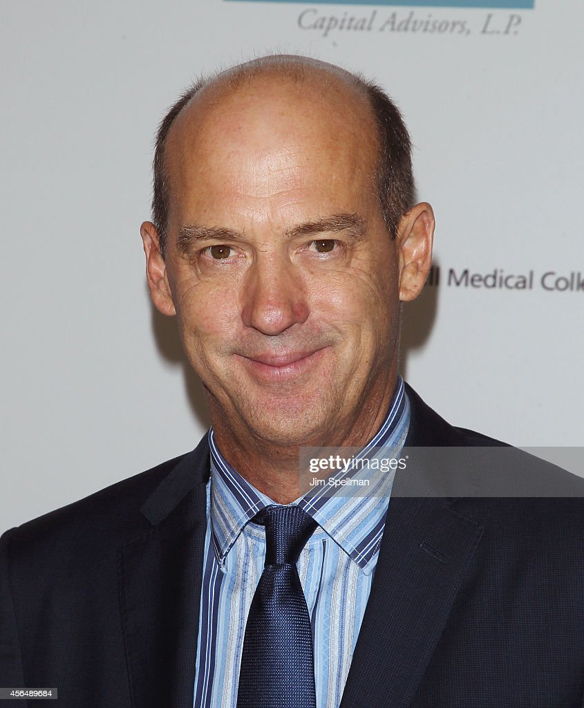 Actor Anthony Edwards attends The Headstrong Project 'Words Of War' Benefit at Tribeca 360 - actor-anthony-edwards-attends-the-headstrong-project-words-of-war-at-picture-id456489684