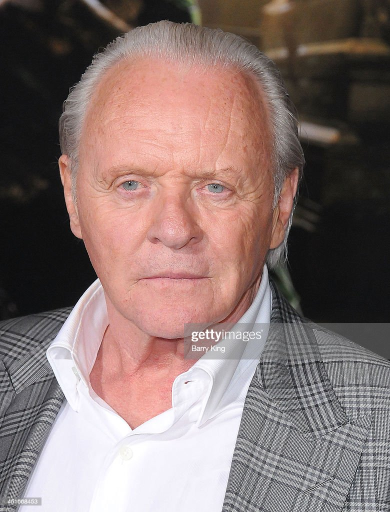 Actor Anthony Hopkins arrives at the Los Angeles Premiere 'Thor: The Dark World' on November 4, 2013 at the El Capitan Theatre in Hollywood, California.
