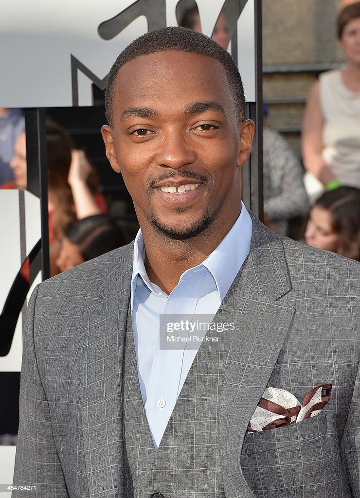 Actor <a gi-track='captionPersonalityLinkClicked' href=/galleries/search?phrase=Anthony+Mackie&family=editorial&specificpeople=206212 ng-click='$event.stopPropagation()'>Anthony Mackie</a> attends the 2014 MTV Movie Awards at Nokia Theatre L.A. Live on April 13, 2014 in Los Angeles, California.