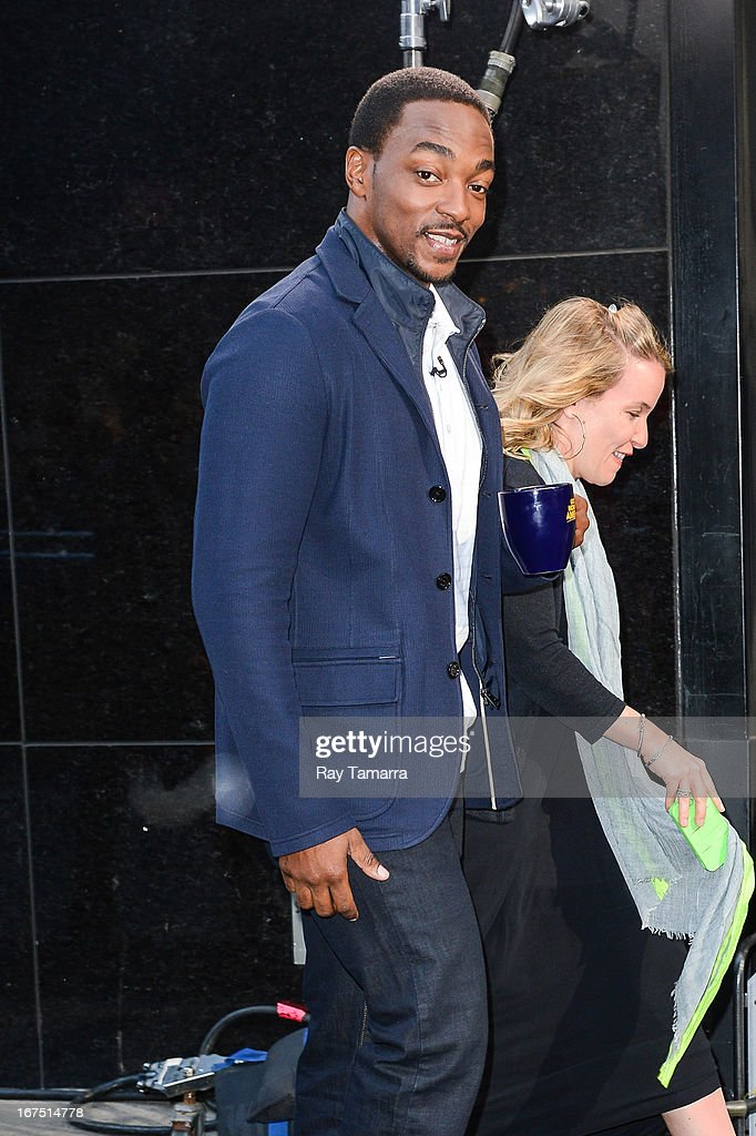 Actor Anthony Mackie enters the 'Good Morning America' taping at the ABC Times Square Studios on April 25, 2013 in New York City.