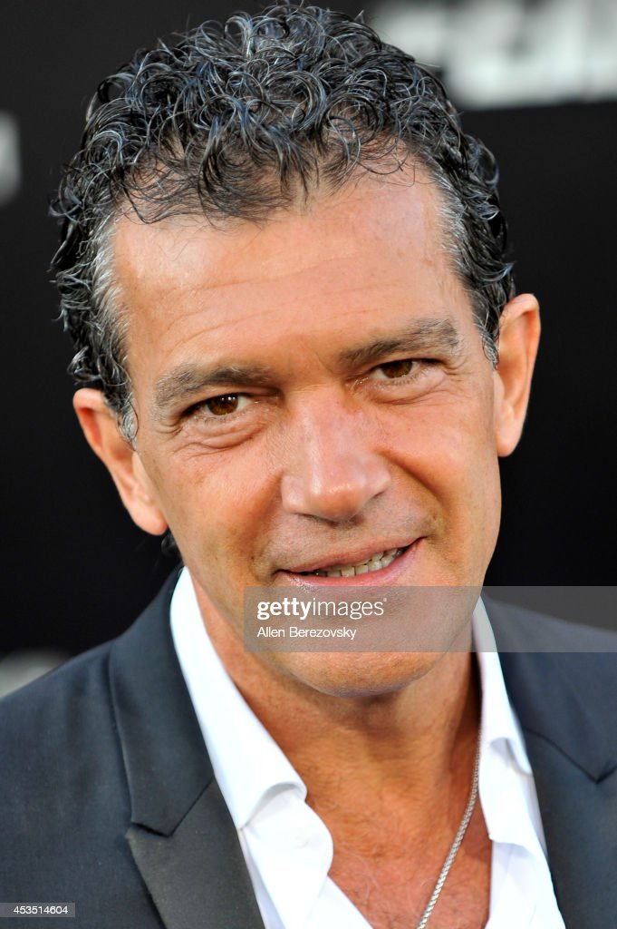 Actor <a gi-track='captionPersonalityLinkClicked' href=/galleries/search?phrase=Antonio+Banderas&family=editorial&specificpeople=171176 ng-click='$event.stopPropagation()'>Antonio Banderas</a> arrives at the Los Angeles premiere of Lionsgate Films' 'The Expendables 3' at TCL Chinese Theatre on August 11, 2014 in Hollywood, California.